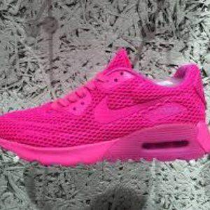 90% New NIKE Hot pink Air Max